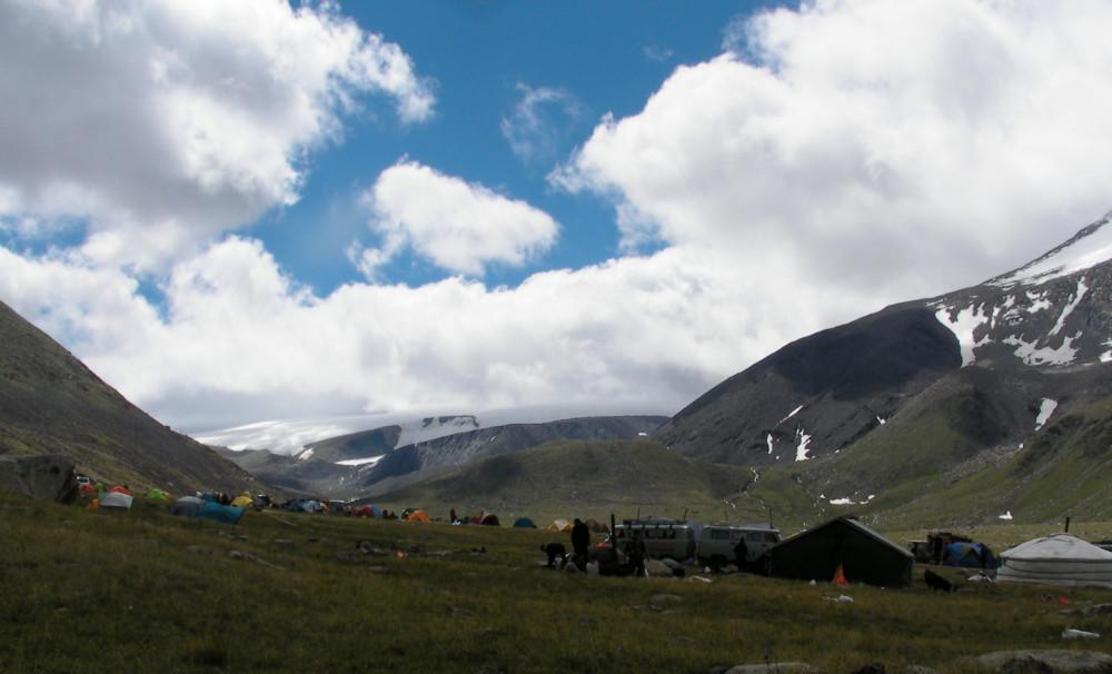 """Мөнххайрхан (Таван хурмаст)-ын 2017 оны """"альпинад""""-ын тухай тэмдэглэл"""