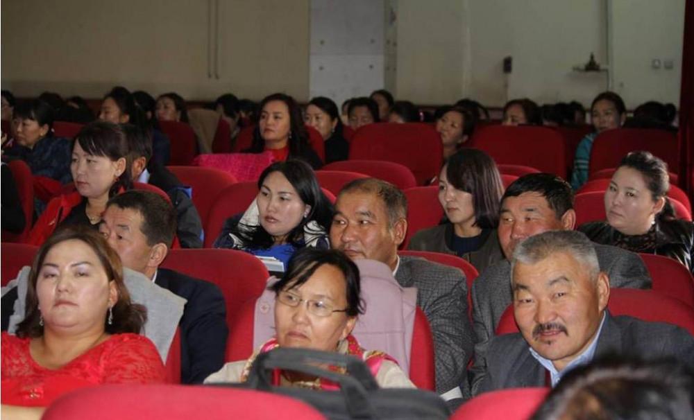 Монгол хэл бичгийн сургалтын чанарыг дээшлүүлье